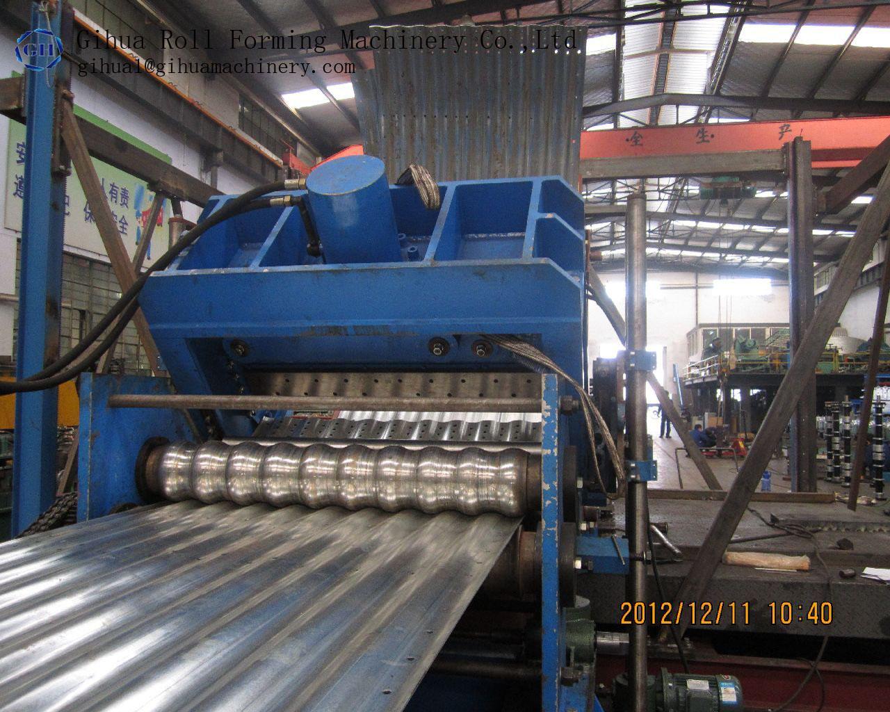Grain storage silo roll forming machine